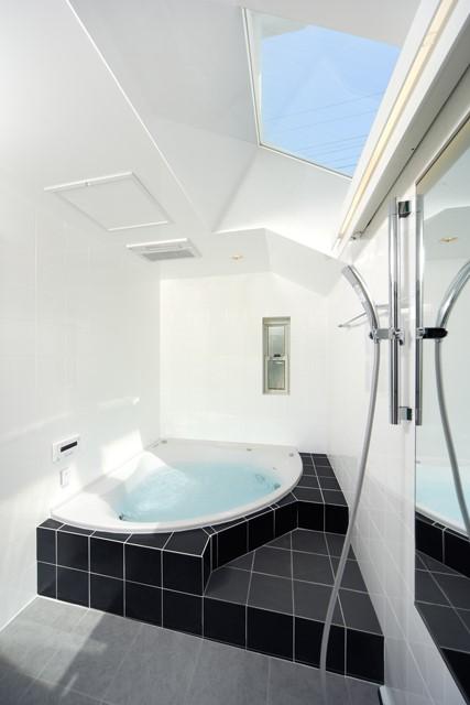 最高のリラクゼーションタイムを実現「完全自由設計」のバスルーム